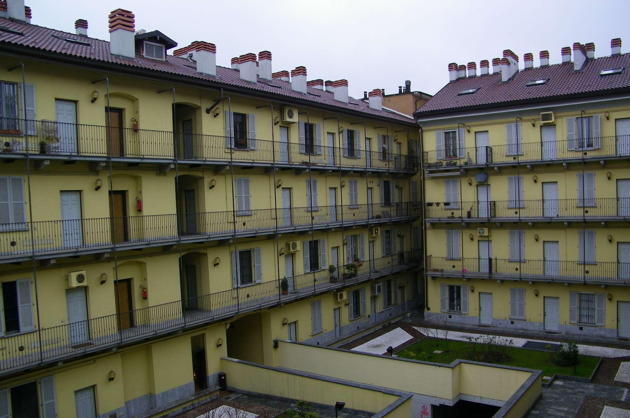 Monolocale ristrutturato arredato in affitto