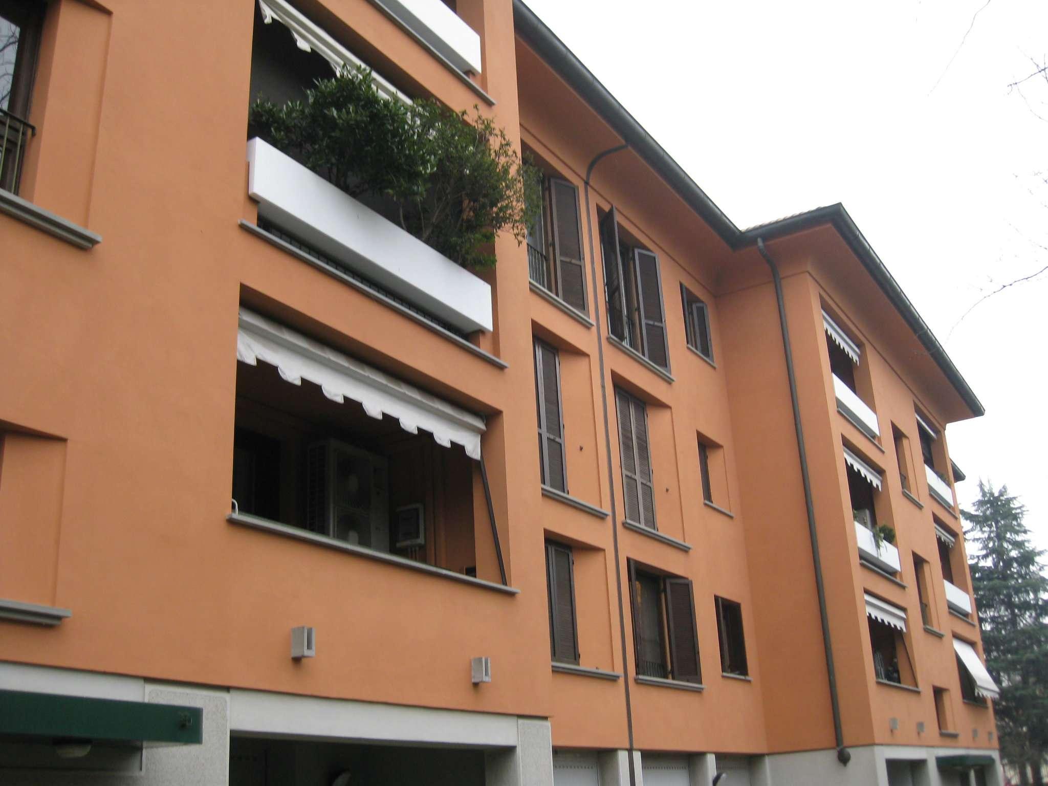 Appartamento in ottime condizioni arredato in vendita Rif. 9180606