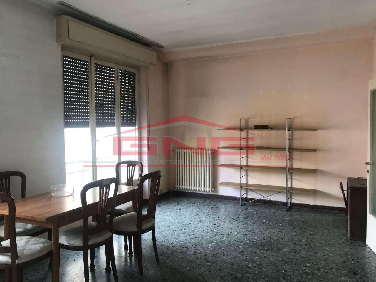Appartamento in vendita a Melegnano, 3 locali, prezzo € 120.000 | CambioCasa.it