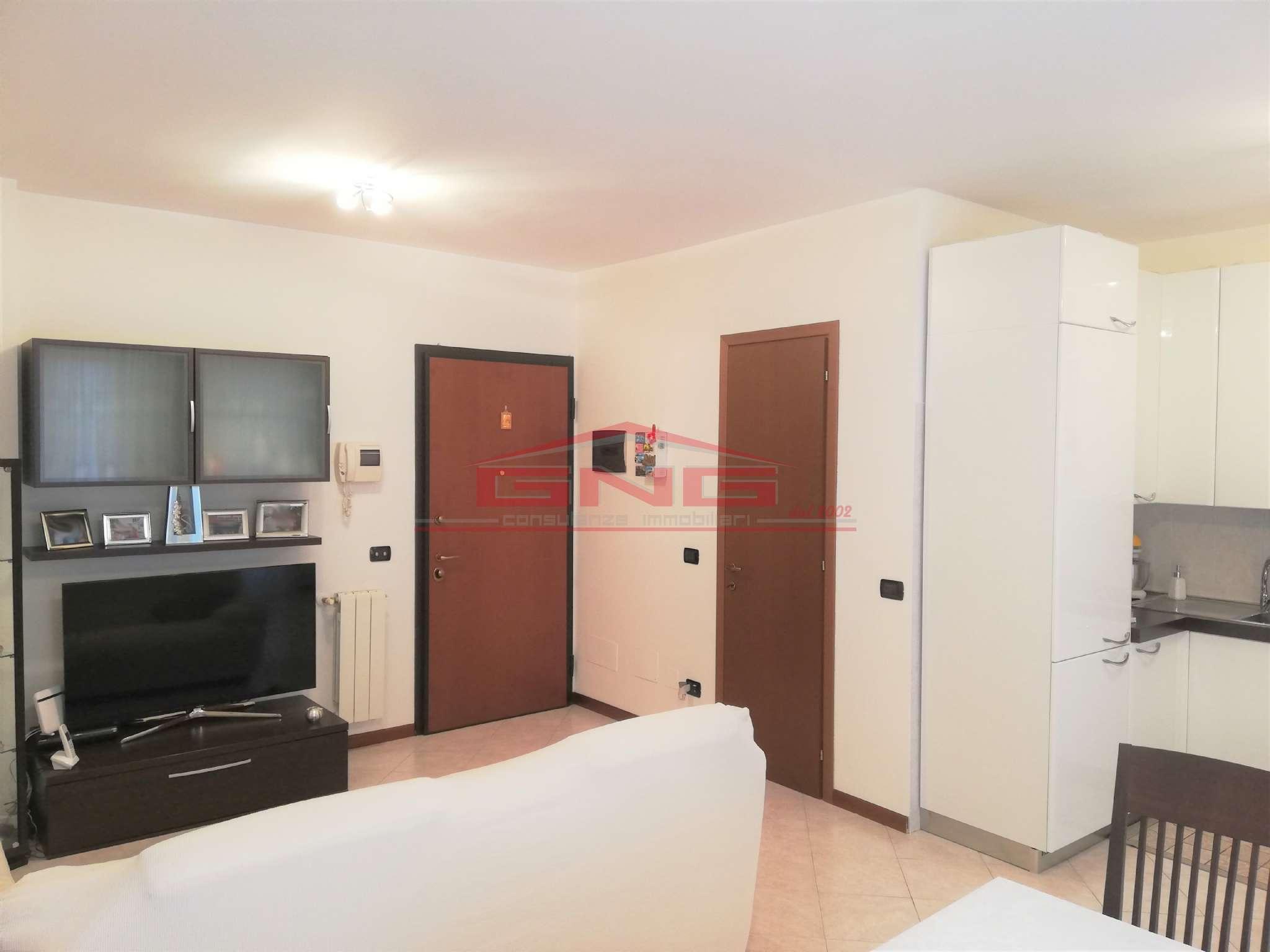 Appartamento in vendita a Mediglia, 3 locali, prezzo € 179.000 | CambioCasa.it