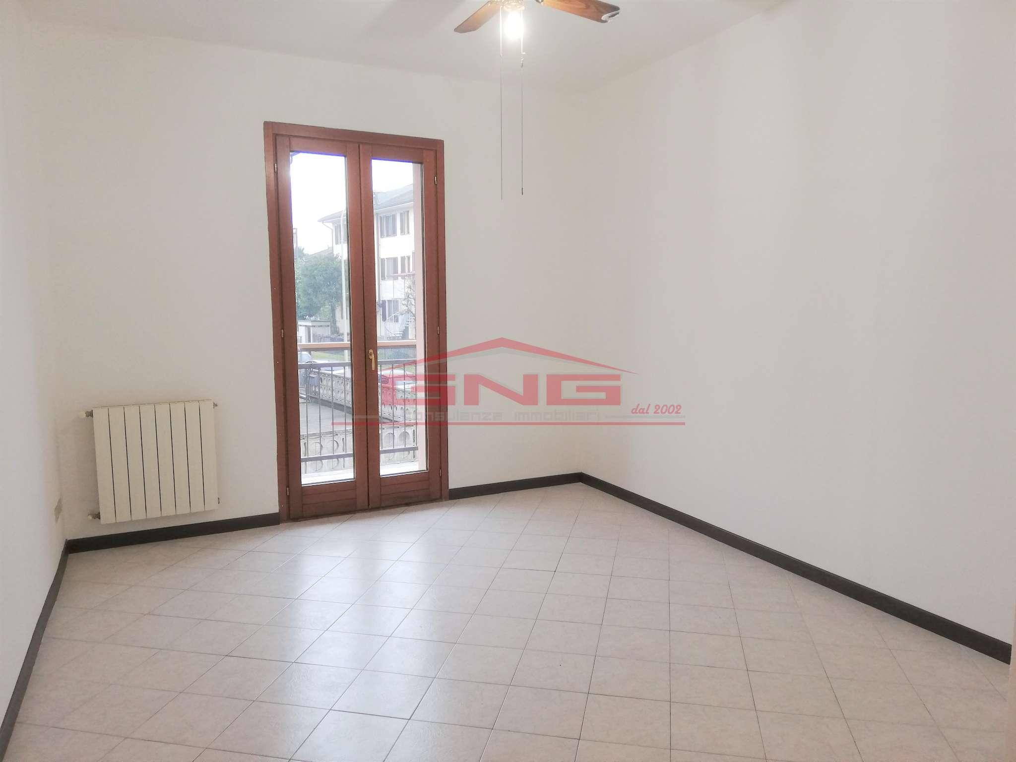 Appartamento in vendita a Carpiano, 2 locali, prezzo € 75.000 | CambioCasa.it