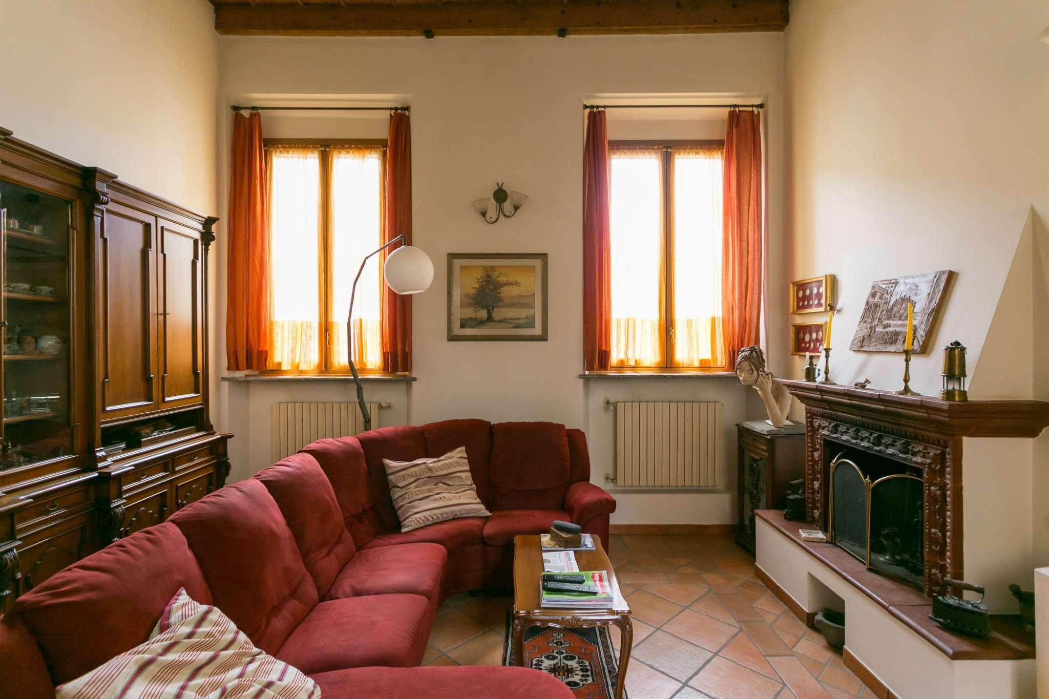 Casa Indipendente in ottime condizioni parzialmente arredato in vendita Rif. 8693329