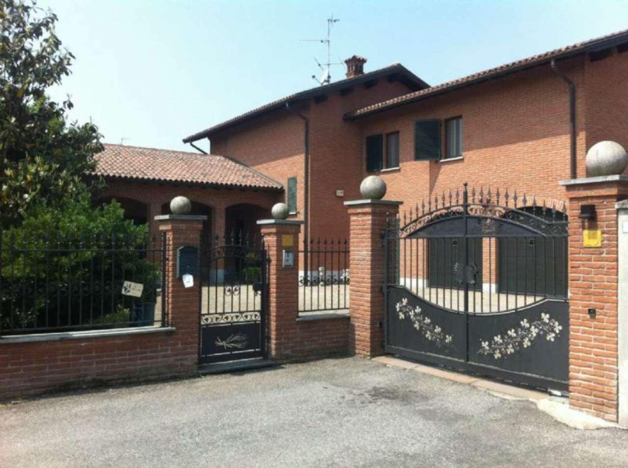 Villa in vendita a Roncaro, 6 locali, prezzo € 430.000 | CambioCasa.it