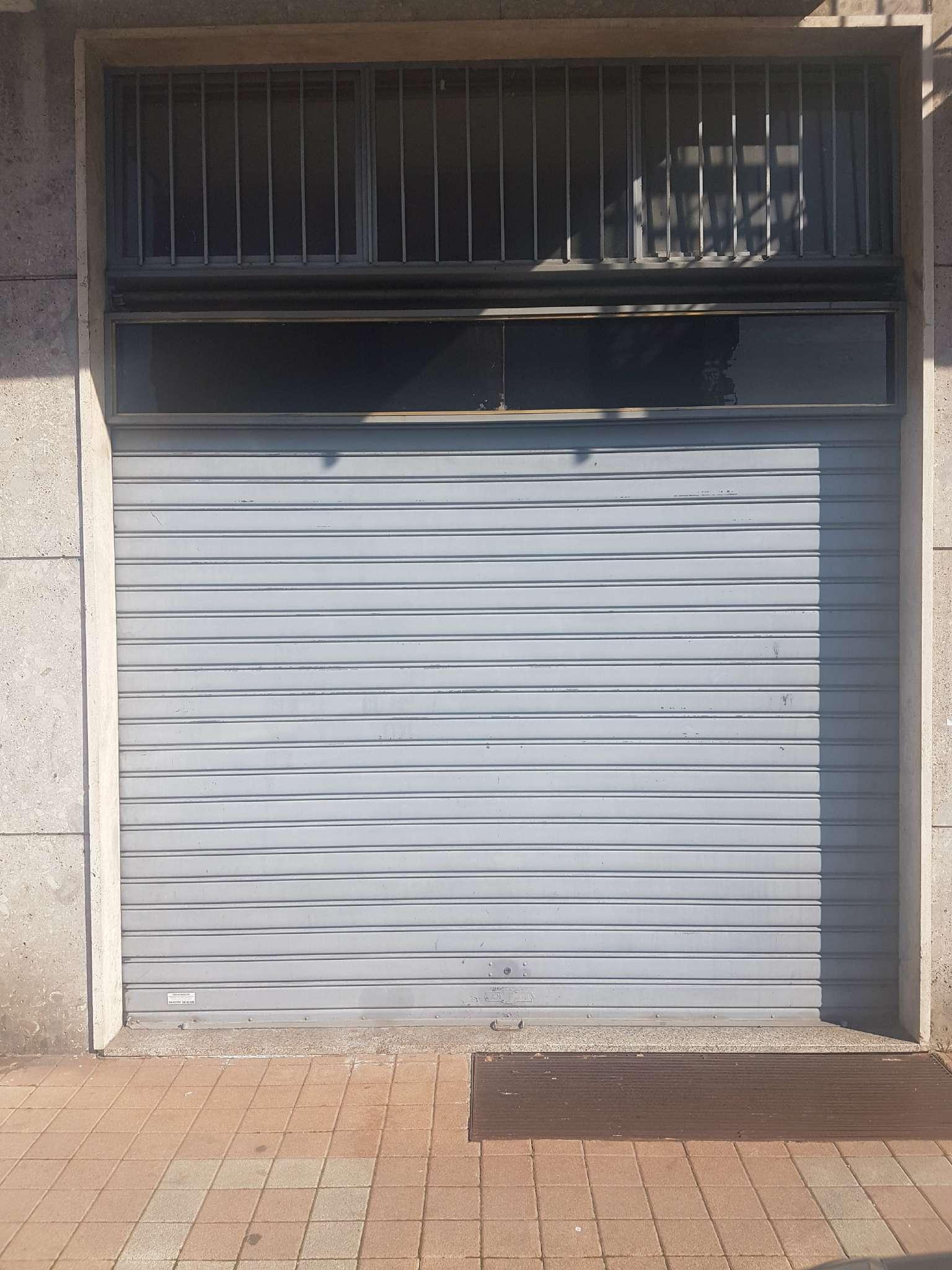 Negozio / Locale in vendita a Rozzano, 1 locali, prezzo € 135.000 | CambioCasa.it