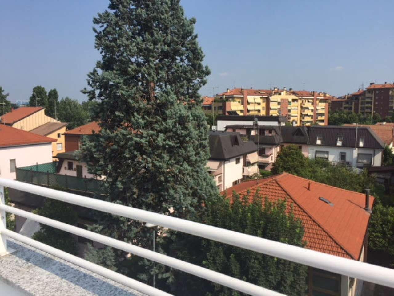 Appartamento in vendita a Rozzano, 3 locali, prezzo € 150.000 | CambioCasa.it