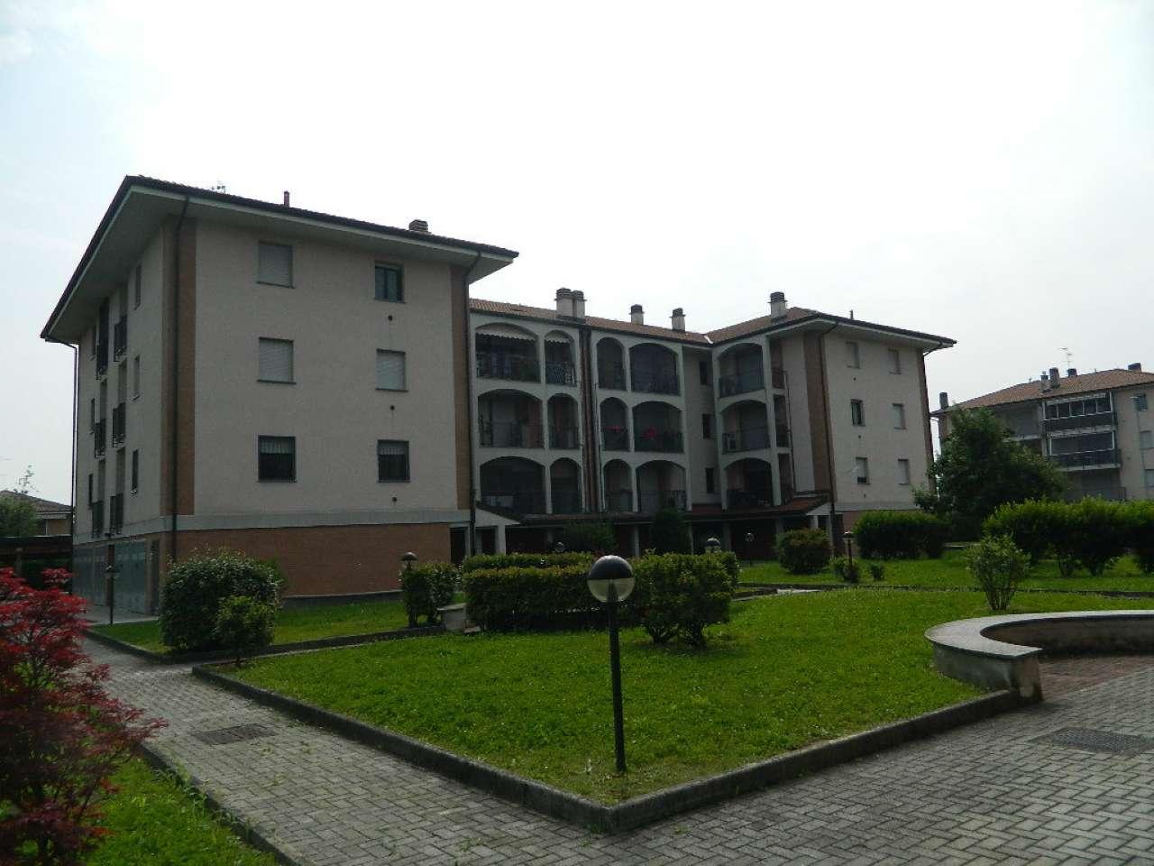 Appartamento in vendita a Zibido San Giacomo, 3 locali, prezzo € 155.000 | CambioCasa.it