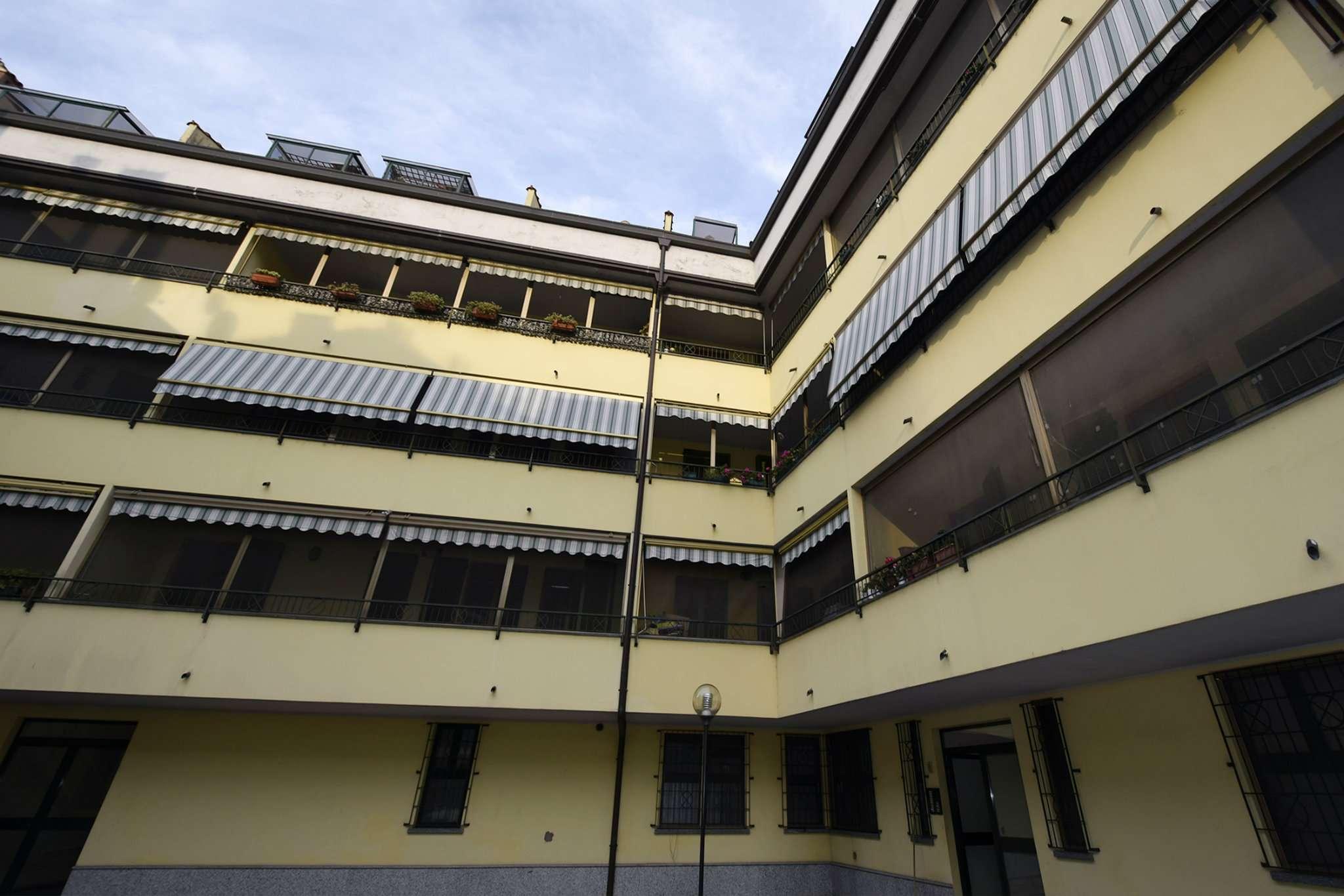 Appartamento in vendita a Rozzano, 2 locali, prezzo € 99.000 | CambioCasa.it