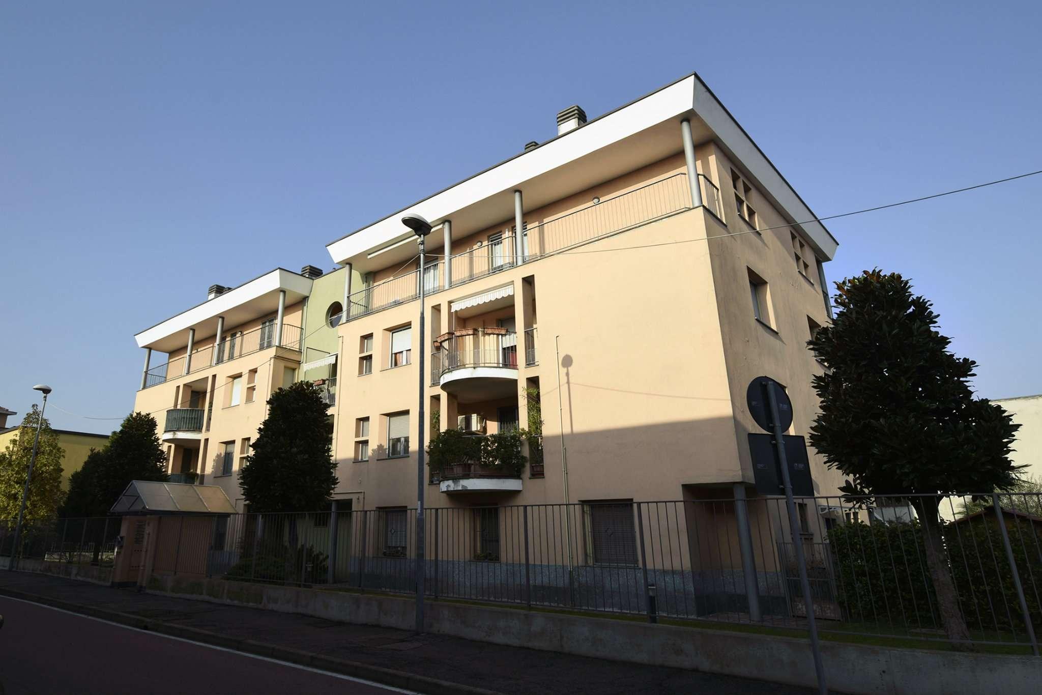 Attico / Mansarda in vendita a Rozzano, 4 locali, prezzo € 250.000 | CambioCasa.it