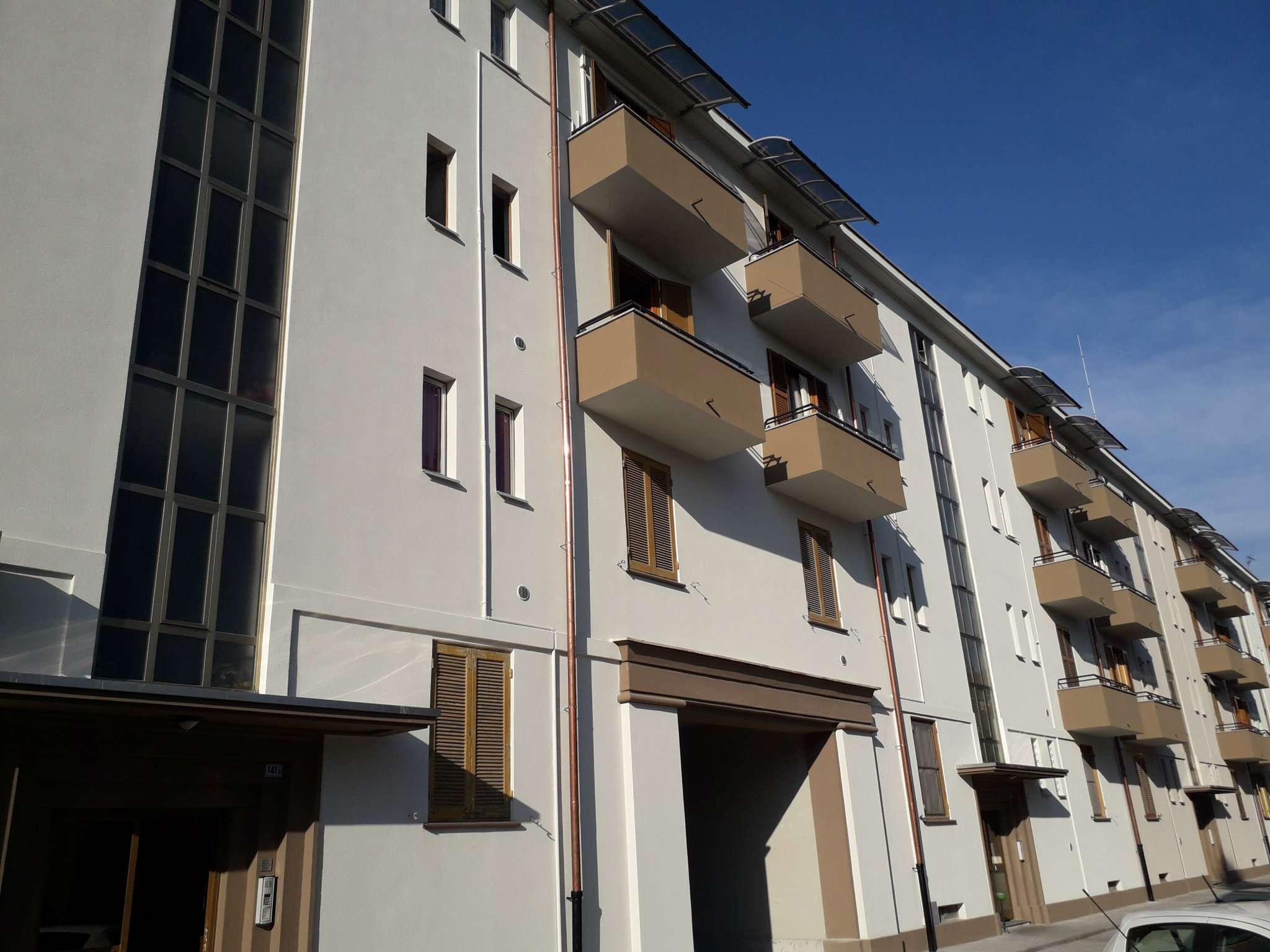 Appartamento in vendita a Rozzano, 3 locali, prezzo € 120.000 | CambioCasa.it