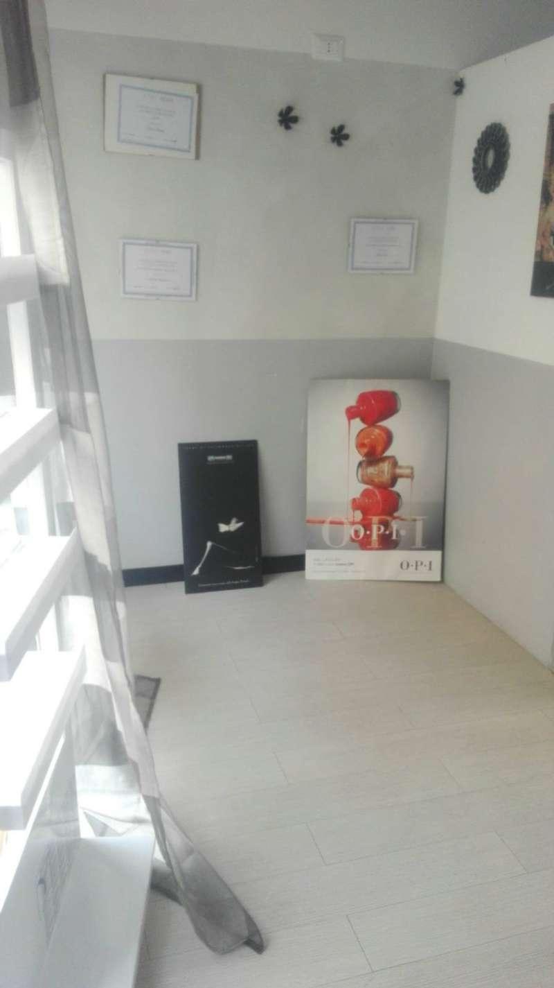 Negozio / Locale in affitto a Rozzano, 1 locali, prezzo € 650 | CambioCasa.it