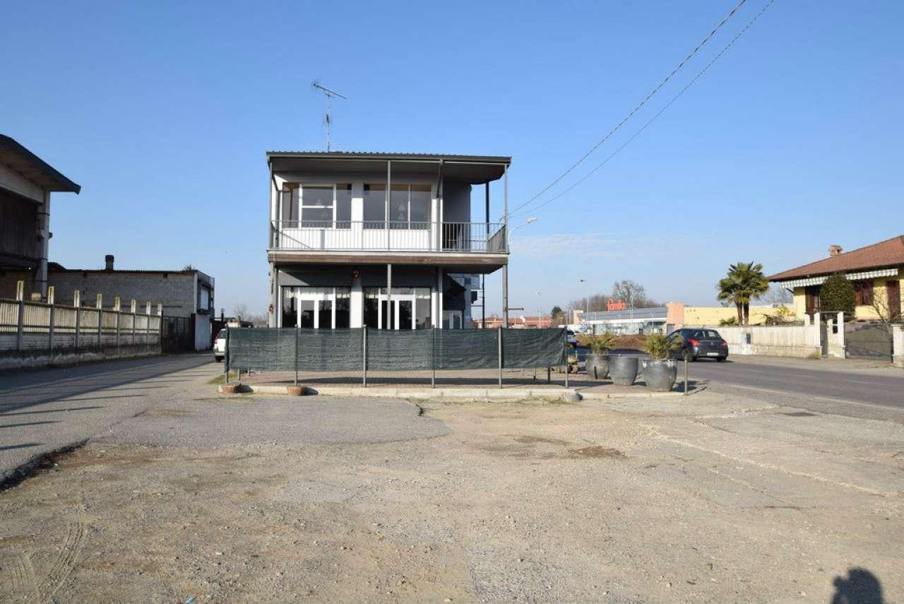 Immobile Commerciale in vendita a Gambolò, 2 locali, prezzo € 350.000 | PortaleAgenzieImmobiliari.it