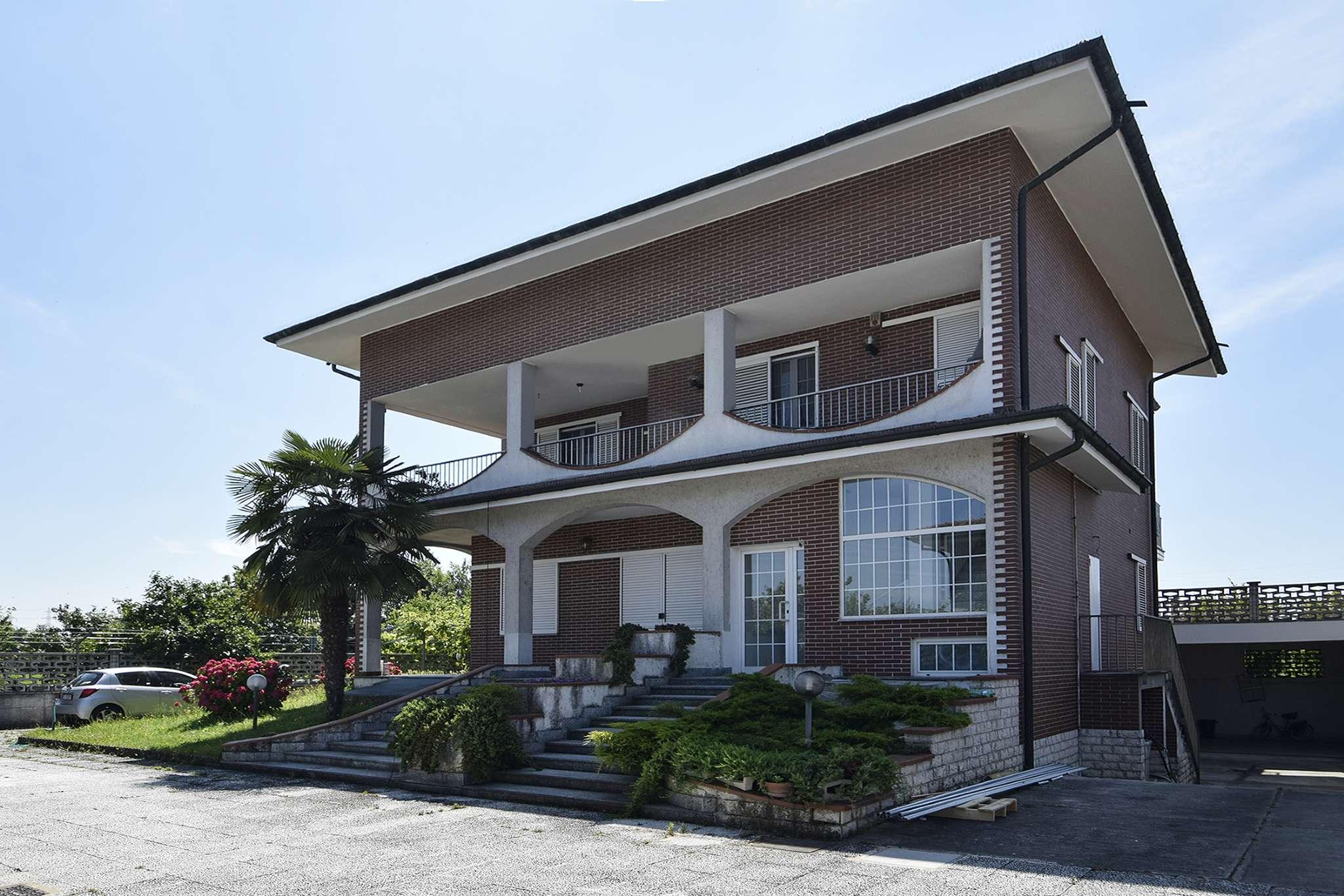Appartamento in vendita a Zibido San Giacomo, 4 locali, prezzo € 270.000 | PortaleAgenzieImmobiliari.it
