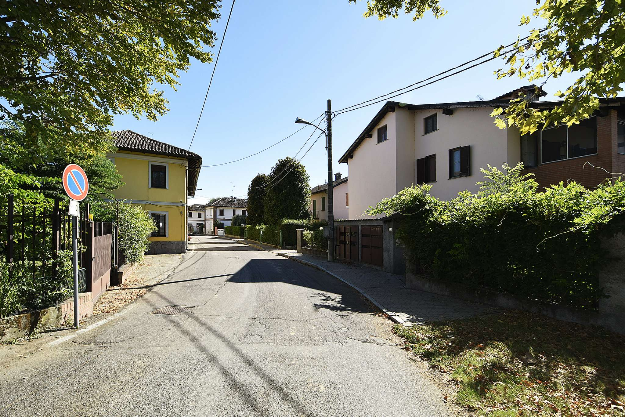 Appartamento in vendita a Rognano, 2 locali, prezzo € 98.000 | CambioCasa.it