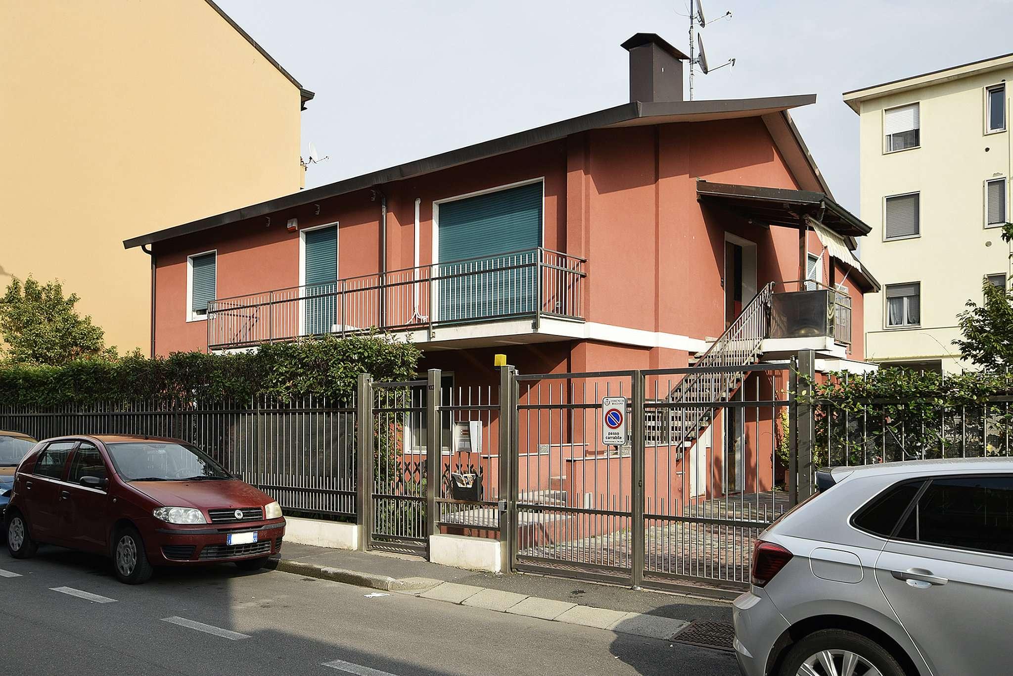 Appartamento in vendita a Rozzano, 4 locali, prezzo € 335.000 | CambioCasa.it