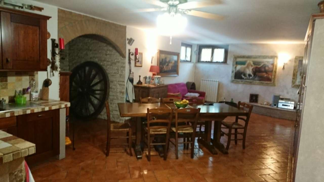 Villa in vendita a Motta Visconti, 5 locali, prezzo € 450.000   PortaleAgenzieImmobiliari.it