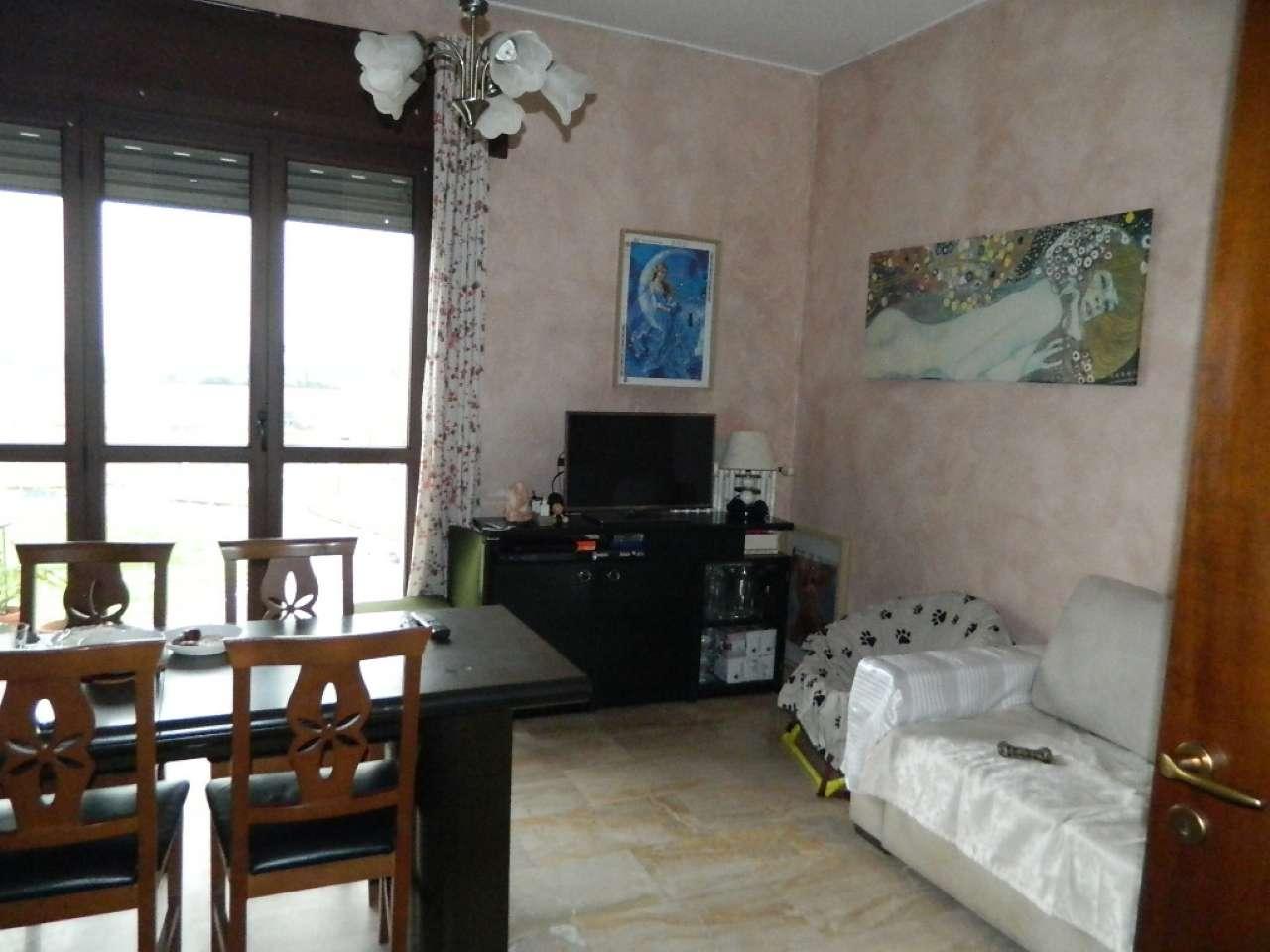 Appartamento in vendita a Rozzano, 3 locali, prezzo € 255.000 | CambioCasa.it