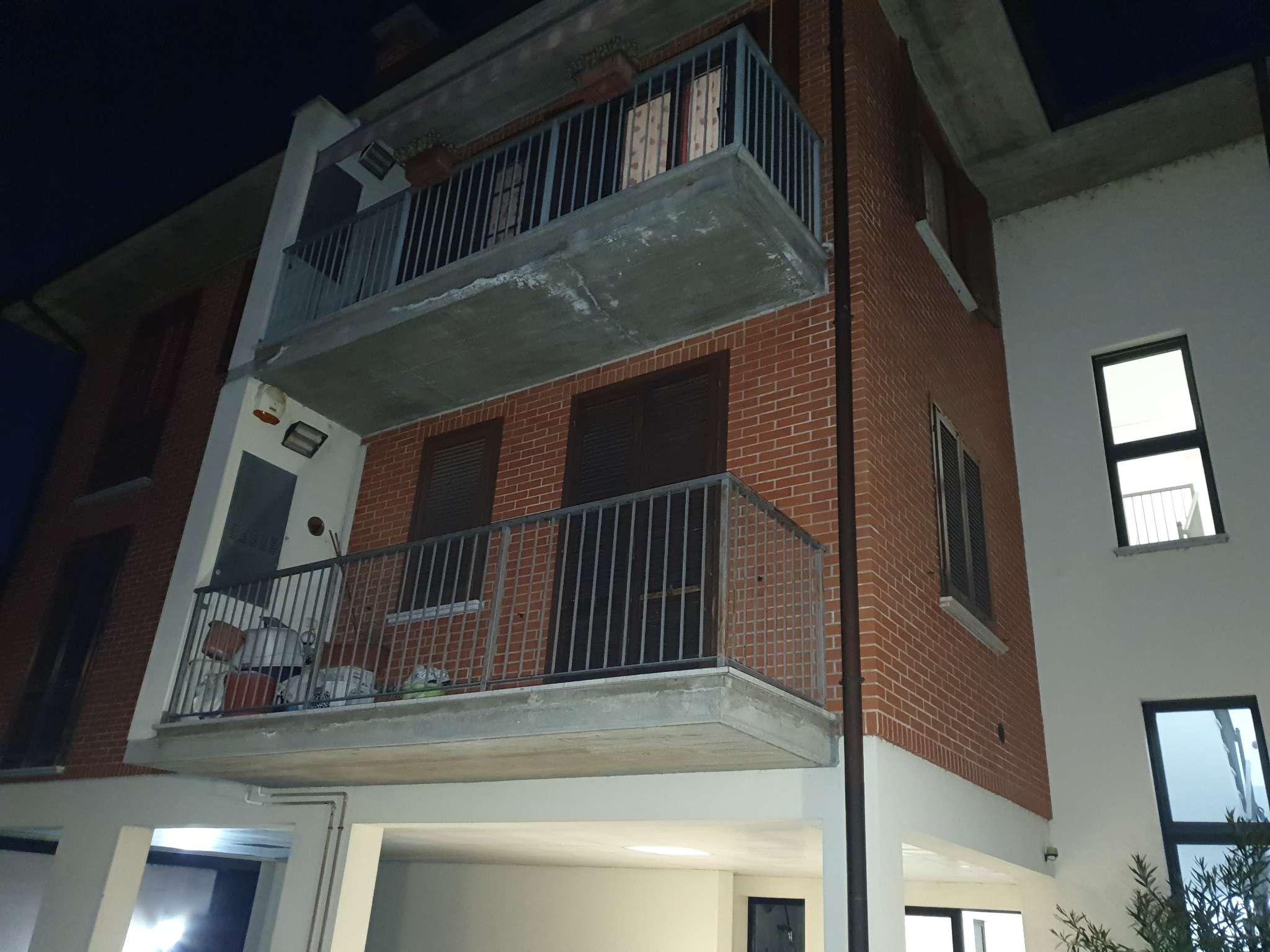 Appartamento in vendita a Vidigulfo, 3 locali, prezzo € 129.000 | CambioCasa.it