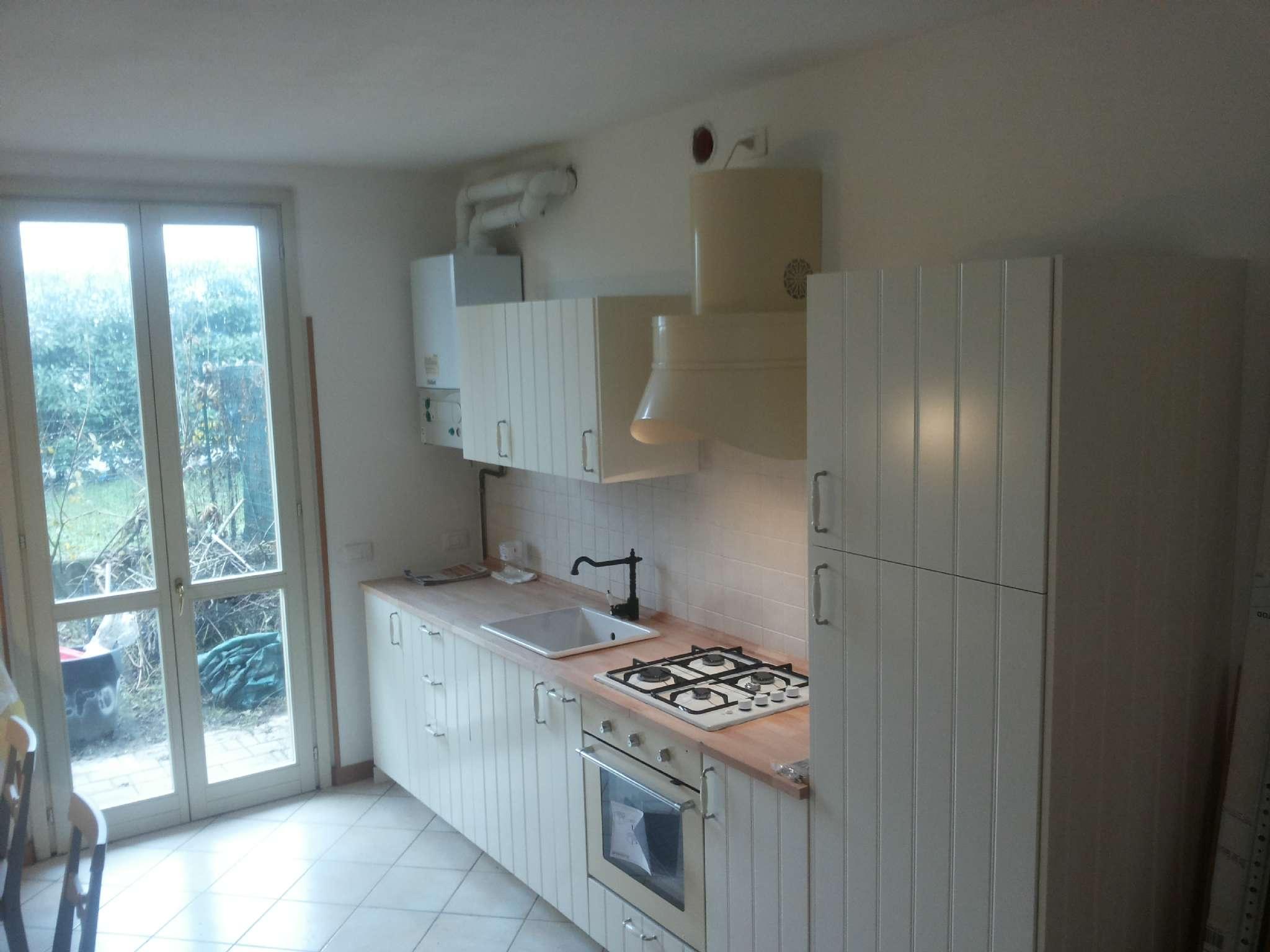 Appartamento in buone condizioni in vendita Rif. 7256005