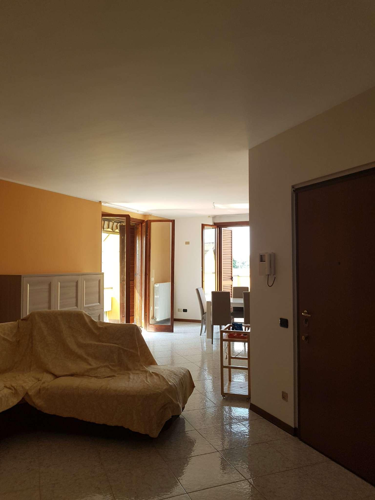 Attico / Mansarda in affitto a Peschiera Borromeo, 4 locali, prezzo € 1.500   CambioCasa.it