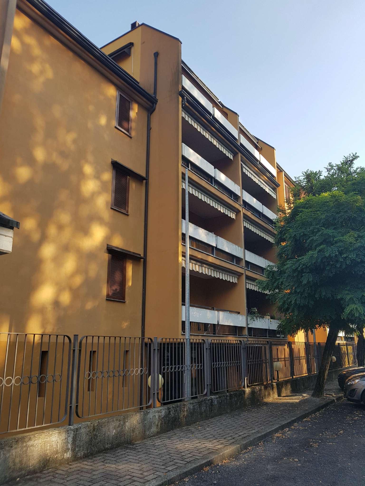 Appartamento in ottime condizioni arredato in affitto Rif. 7873973