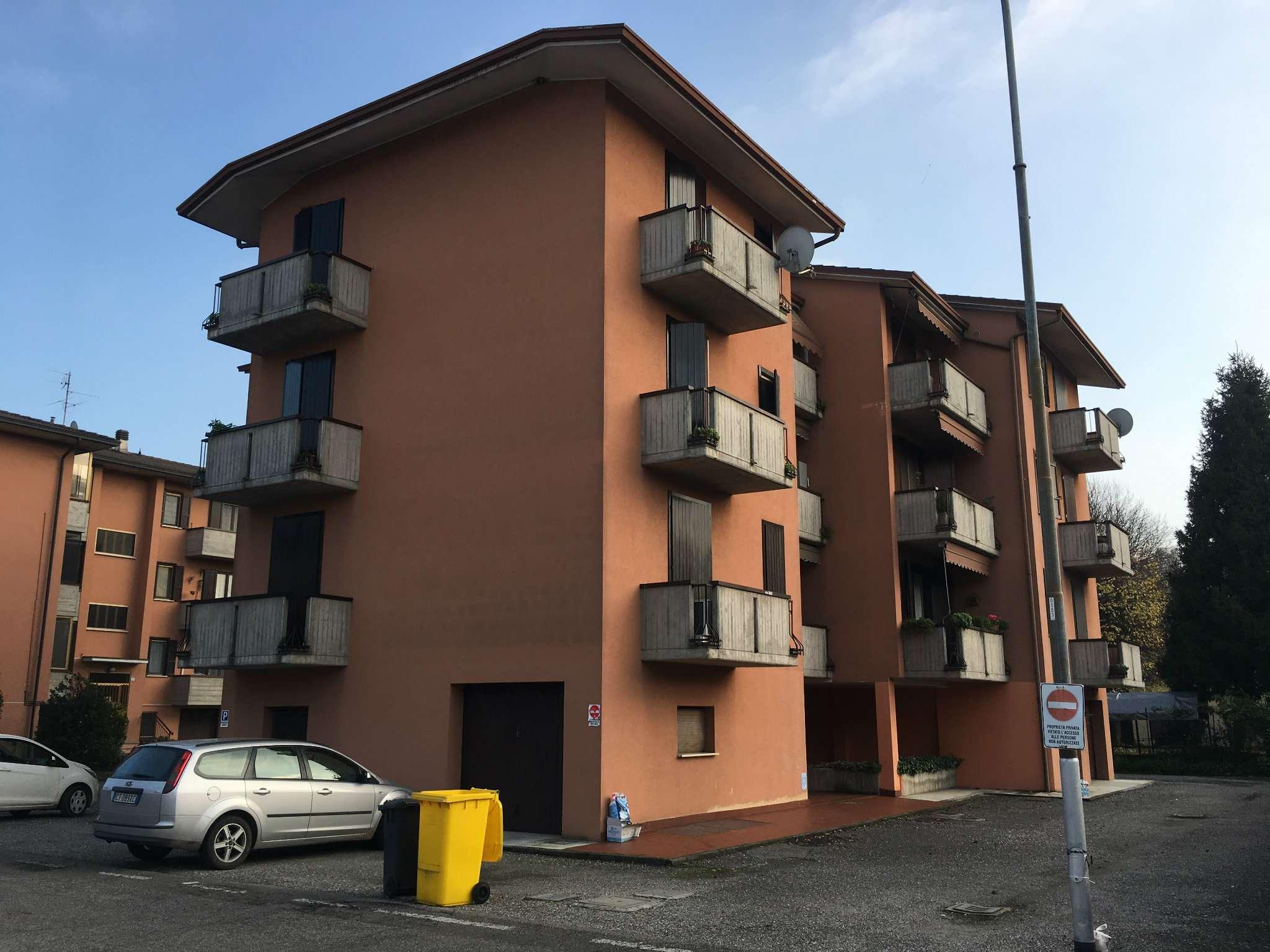 Case e appartamenti in vendita a spino d 39 adda for Mercatone dell arredamento spino d adda