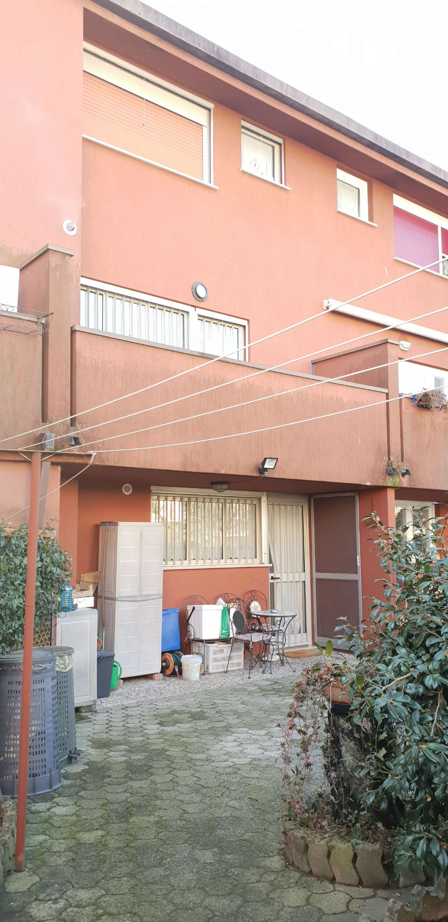 Villa a Schiera in vendita a Peschiera Borromeo, 4 locali, prezzo € 360.000   CambioCasa.it