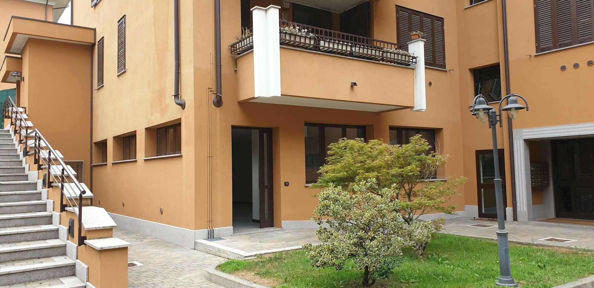 Appartamento in vendita a Peschiera Borromeo, 1 locali, prezzo € 110.000   CambioCasa.it