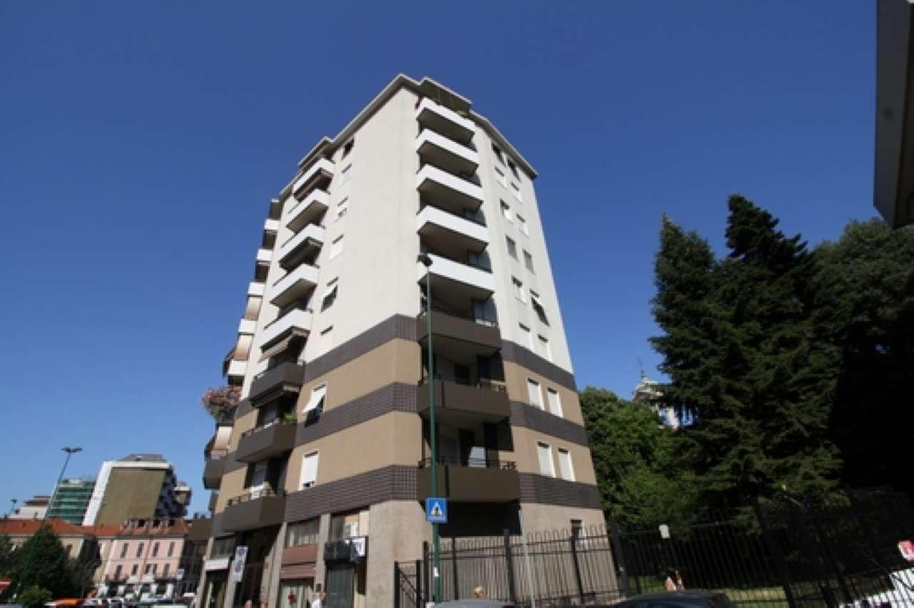 Appartamento in buone condizioni parzialmente arredato in affitto Rif. 8316154