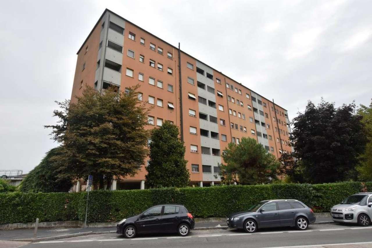 Appartamento in buone condizioni in vendita Rif. 7849359
