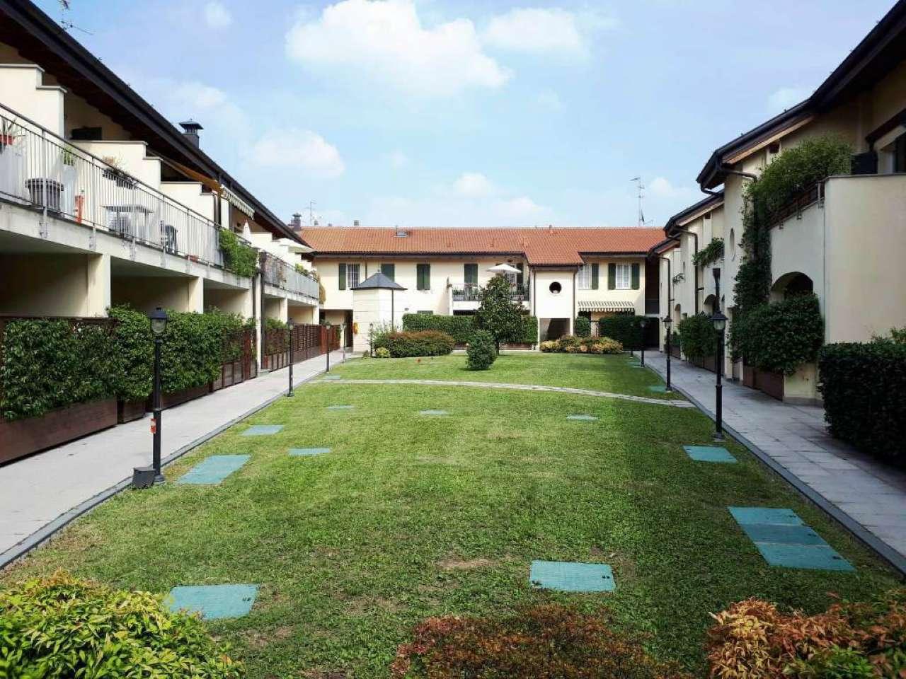 Appartamento in ottime condizioni in vendita Rif. 7911205