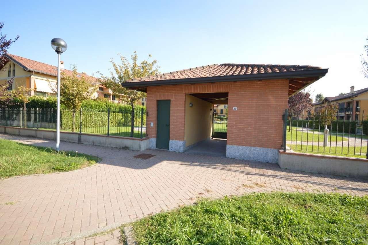 Appartamento in ottime condizioni in vendita Rif. 8159115