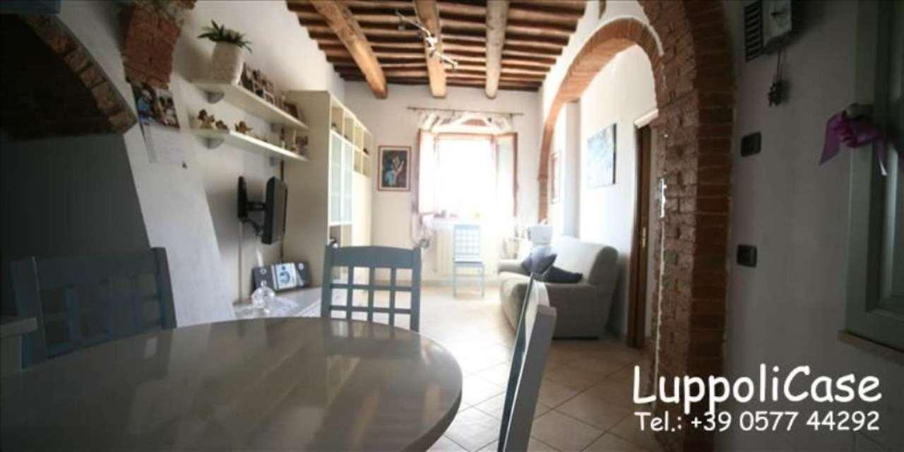 Appartamento in buone condizioni in vendita Rif. 7003532