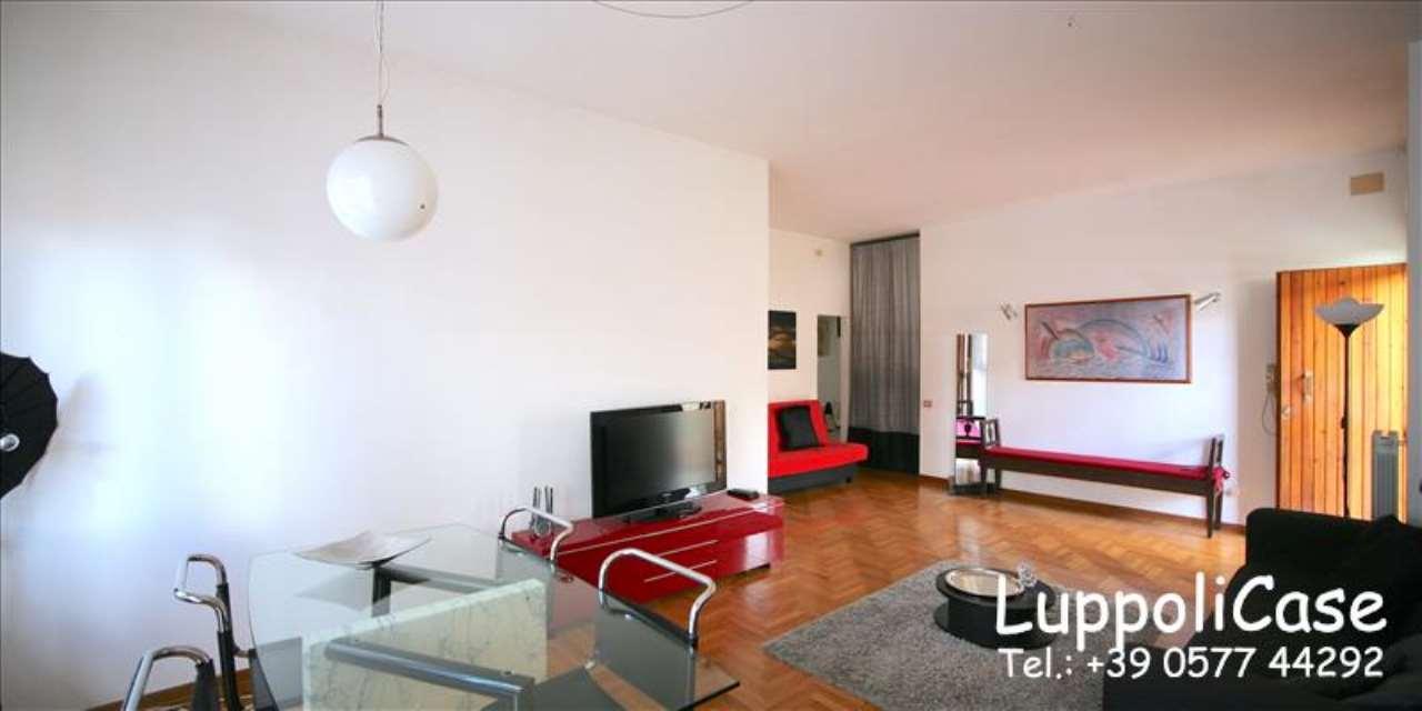 Appartamento in buone condizioni arredato in affitto Rif. 7324401