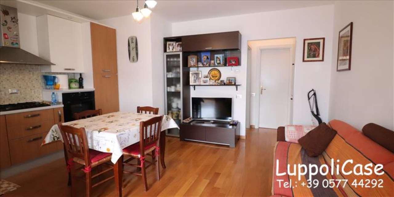 Appartamento in buone condizioni in vendita Rif. 7890792