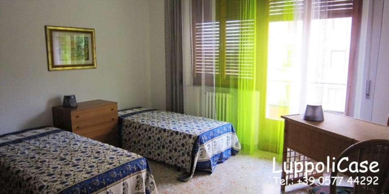 Appartamento in buone condizioni in vendita Rif. 7890795