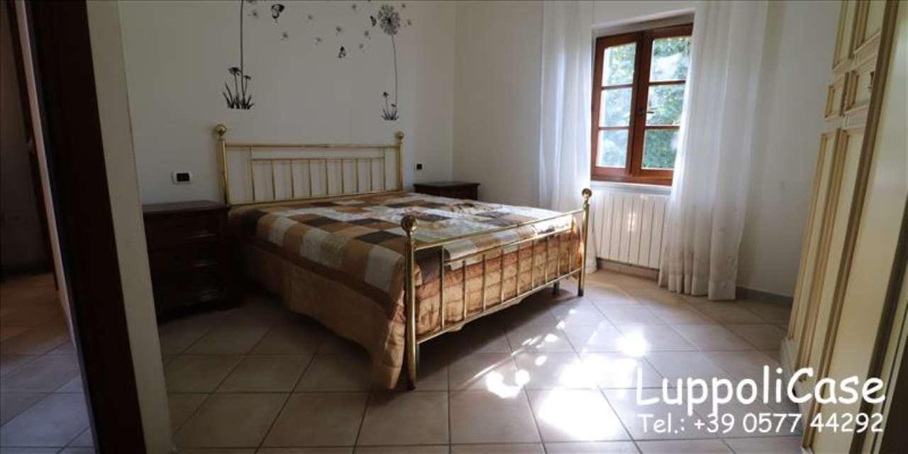 Appartamento in buone condizioni in affitto Rif. 7930915
