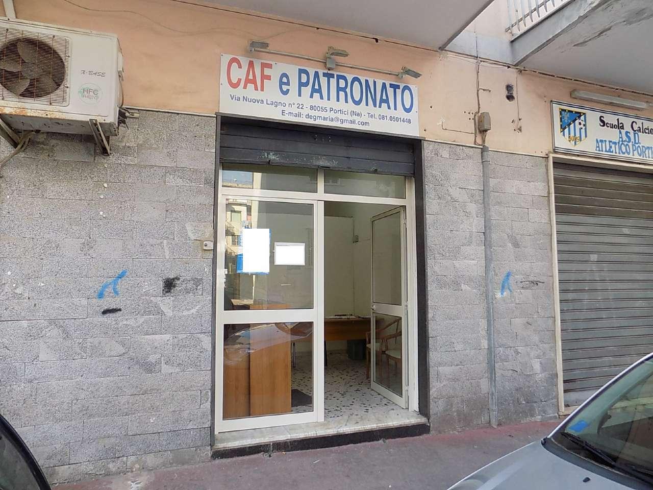 Negozio / Locale in affitto a Portici, 1 locali, prezzo € 300   CambioCasa.it