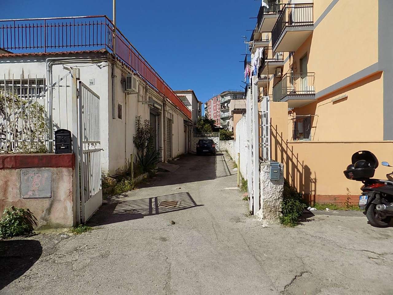Altro in affitto a San Giorgio a Cremano, 1 locali, prezzo € 370   CambioCasa.it