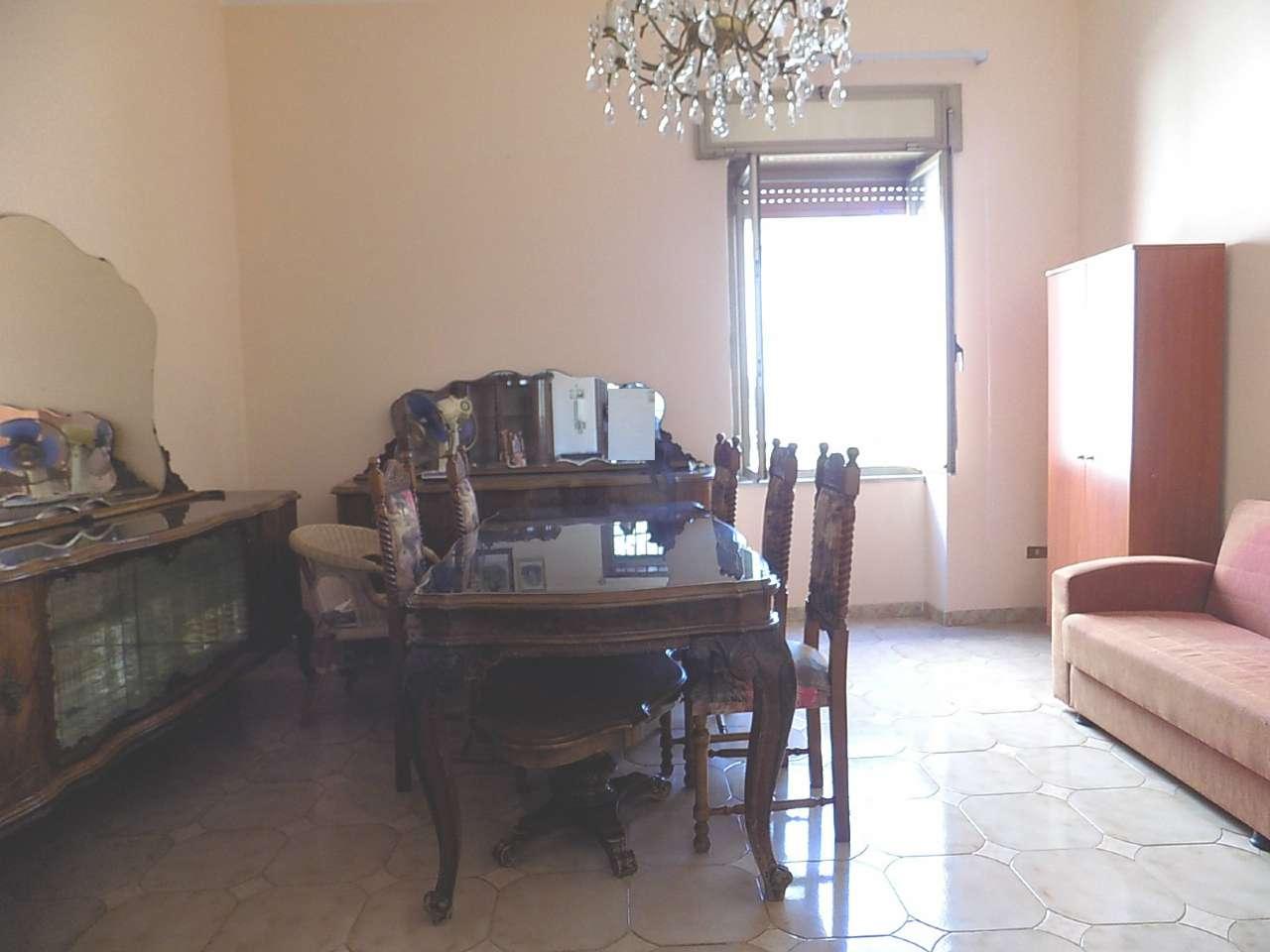 Appartamento in discrete condizioni in vendita Rif. 6698197