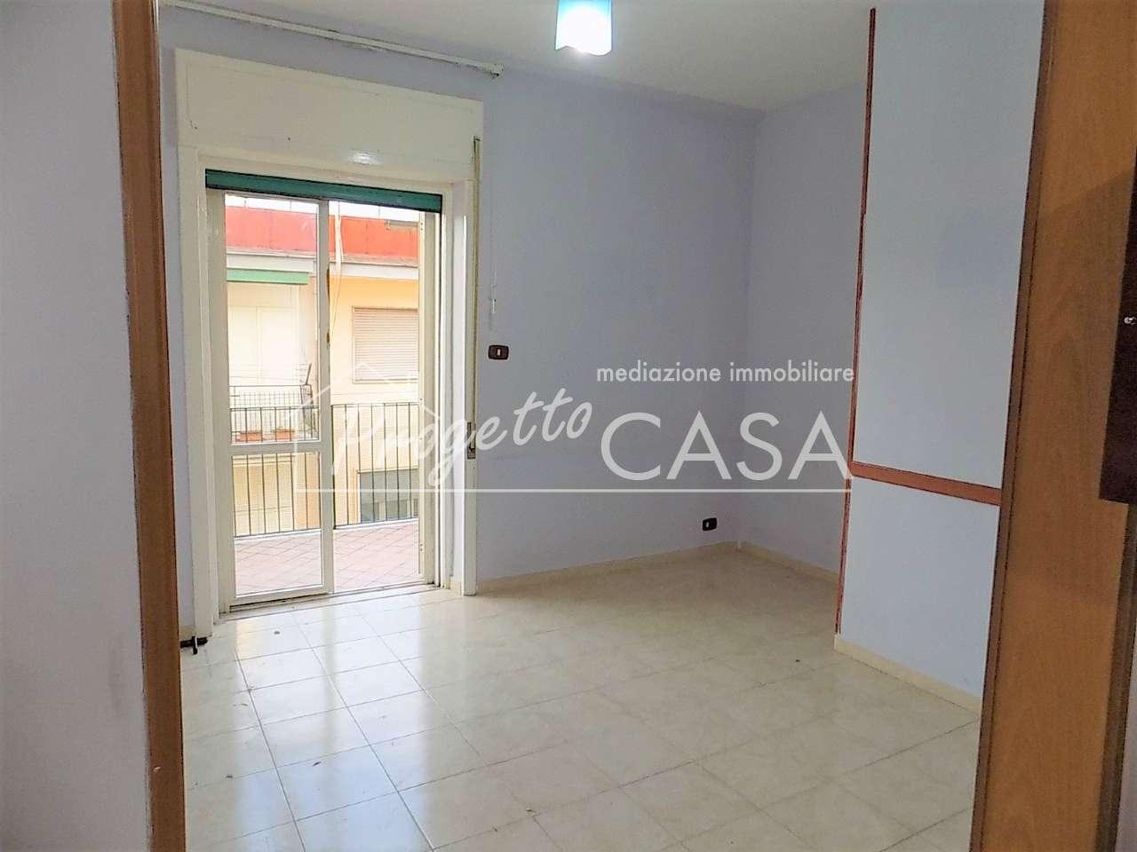 Appartamento in buone condizioni in affitto Rif. 9272911
