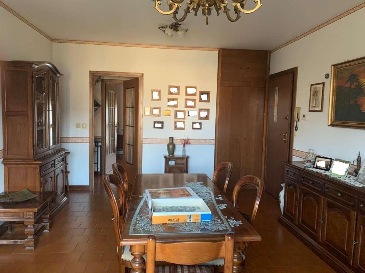 Appartamento in vendita a Cuneo, 4 locali, prezzo € 80.000 | CambioCasa.it