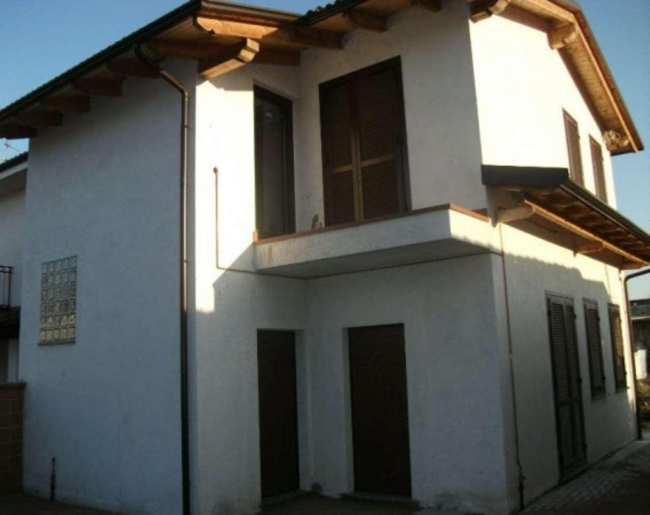 Soluzione Indipendente in vendita a Casalbeltrame, 4 locali, prezzo € 148.000 | PortaleAgenzieImmobiliari.it