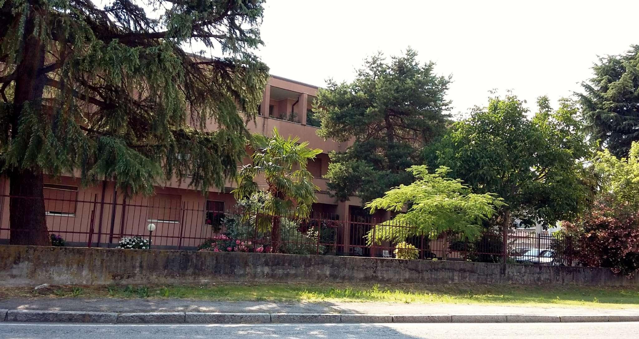 Appartamento in buone condizioni in vendita Rif. 4925466