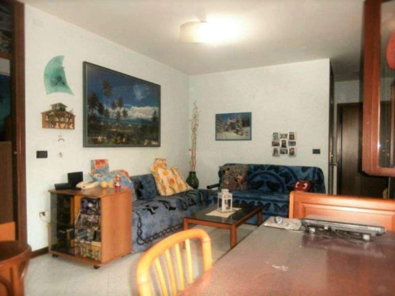 San Giovanni in Persiceto: Le Budrie Quadrilocale con 2 logge coperte cantina e garage