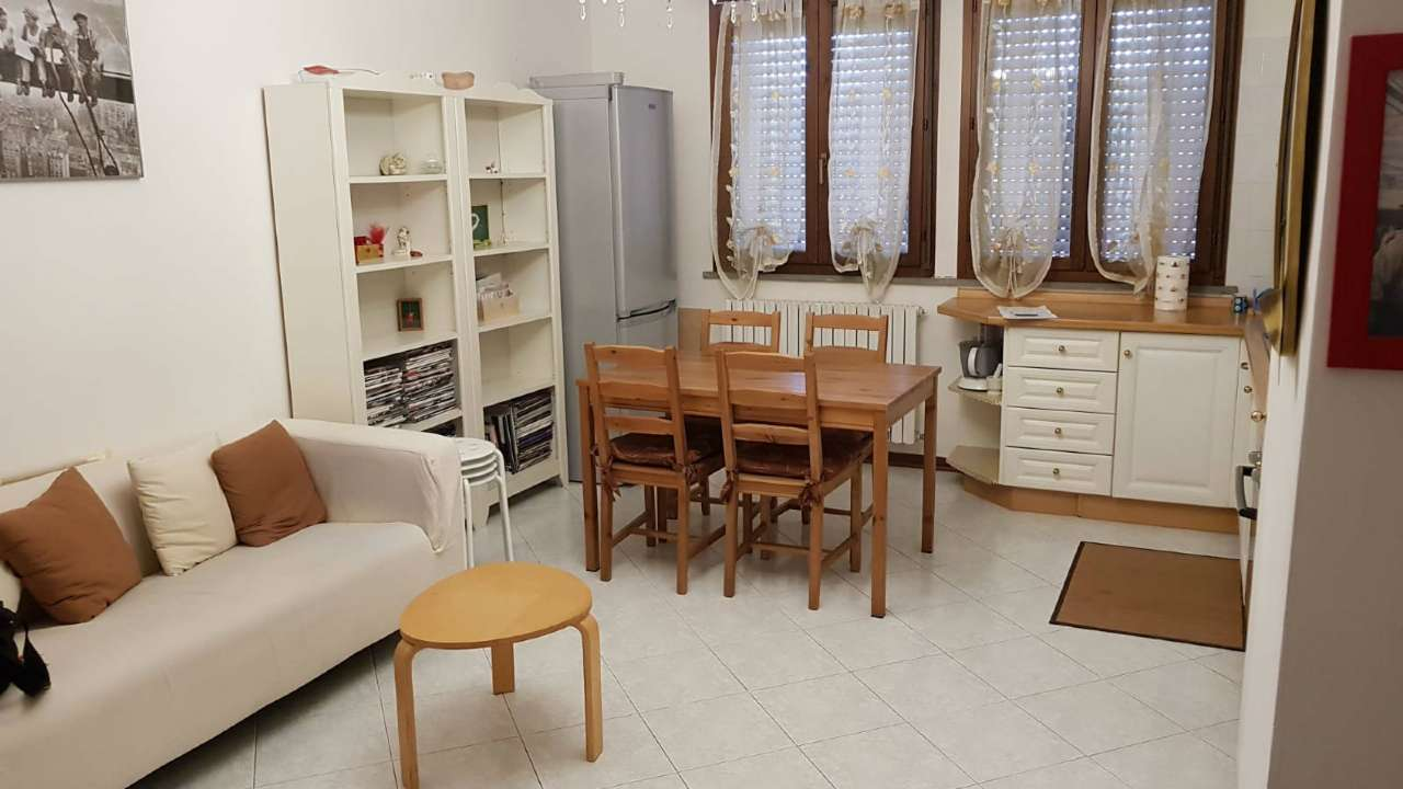 Appartamento in buone condizioni parzialmente arredato in vendita Rif. 7558700