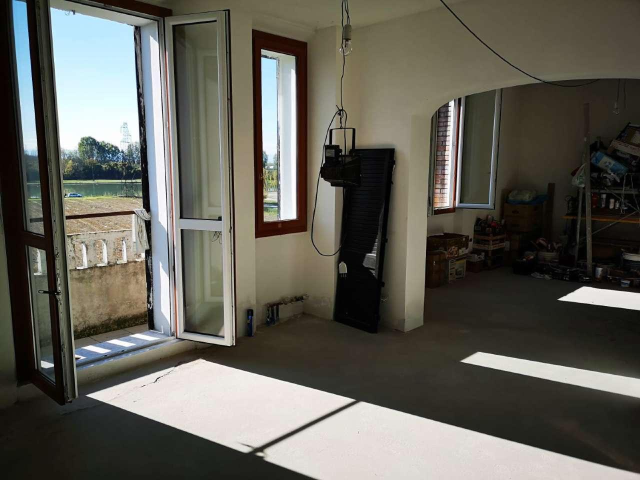 San Giovanni in P: appartamento 3 camere in fase di ristrutturazione