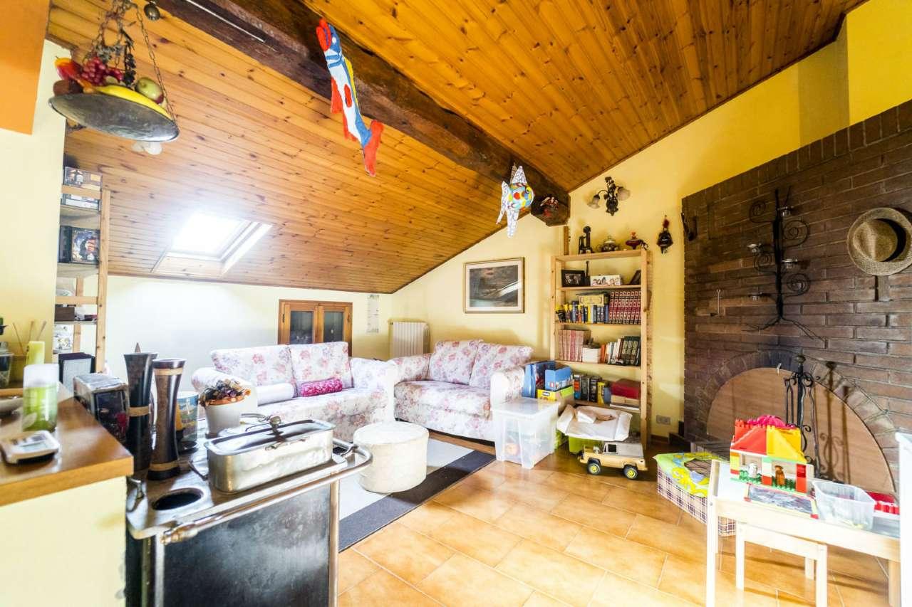 San Giovanni in P - Borgata Città: app.nto 90mq 2 camere e garage