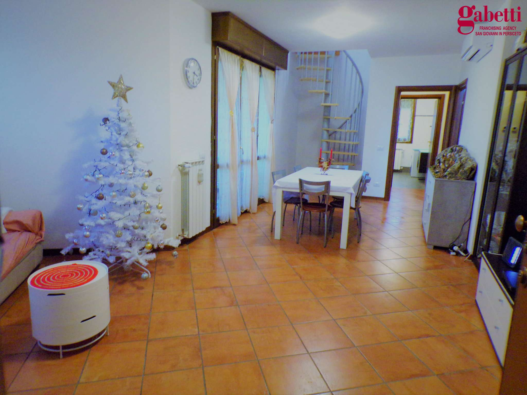Appartamento in vendita a San Giovanni in Persiceto, 6 locali, prezzo € 249.000 | PortaleAgenzieImmobiliari.it