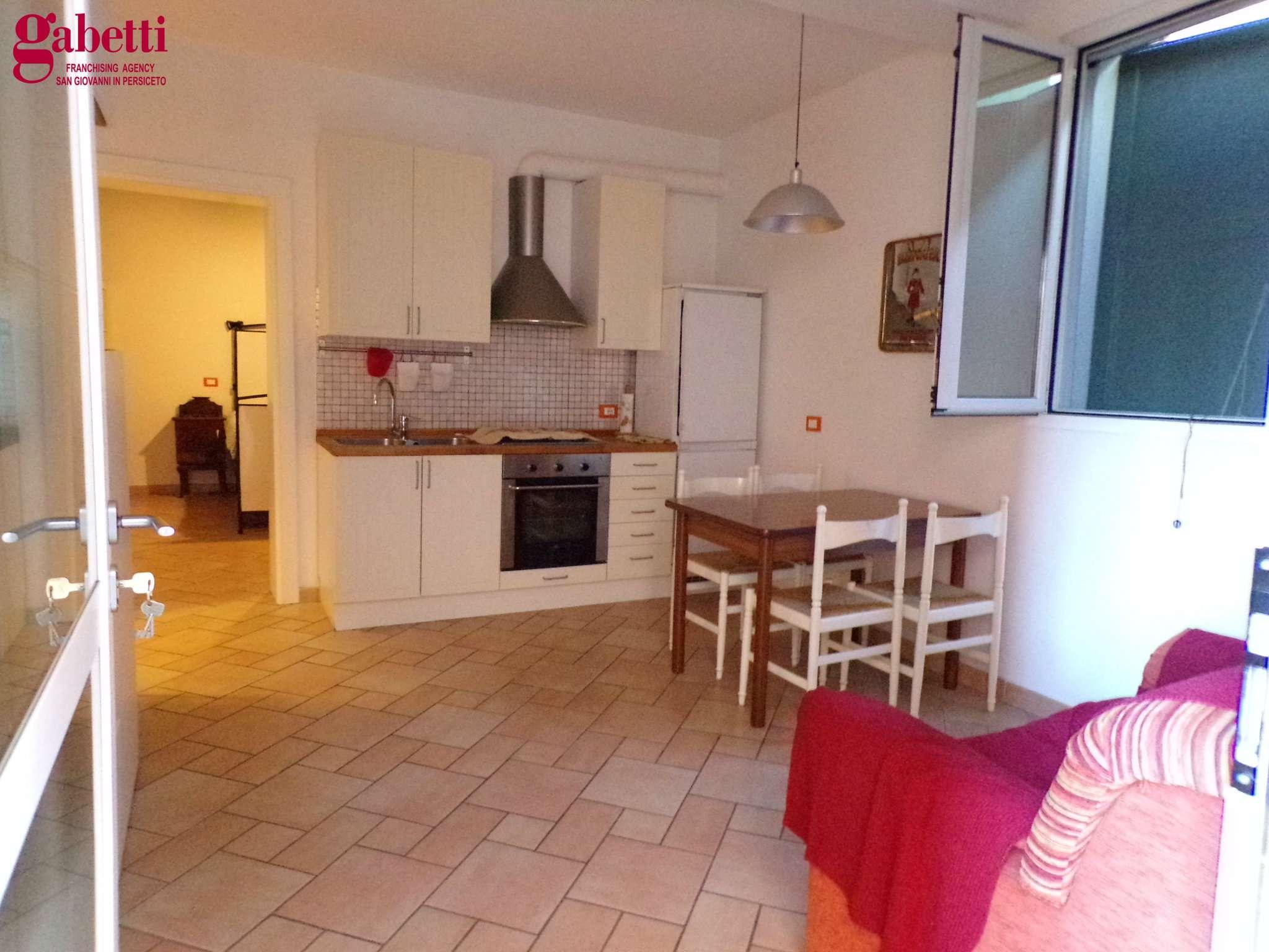 Appartamento in vendita a San Giovanni in Persiceto, 3 locali, prezzo € 65.000 | CambioCasa.it