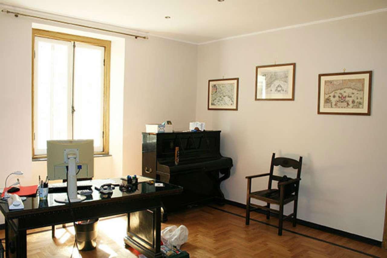 Stanza / posto letto parzialmente arredato in affitto Rif. 4910800